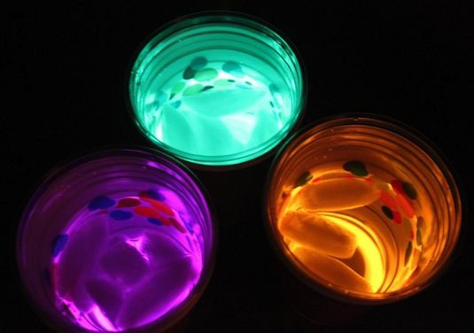 Cool Glow Stick Crafts | Glow In The Dark Drinks