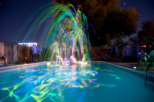 Cool Glow Stick Ideas | Glow Stick Pool Party