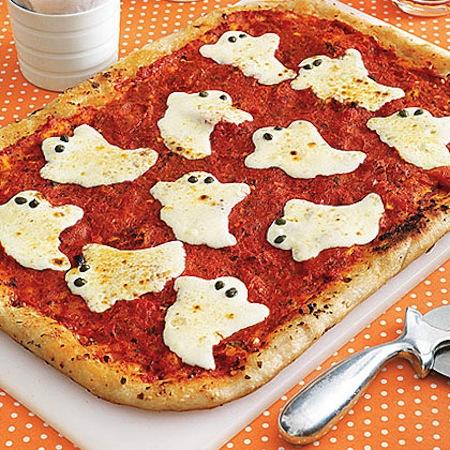 Spooky pizza fun healthy Halloween snacks for kids.