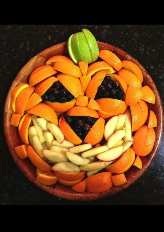 Jack-o-lantern fruit bowl platter for a party crowd easy.