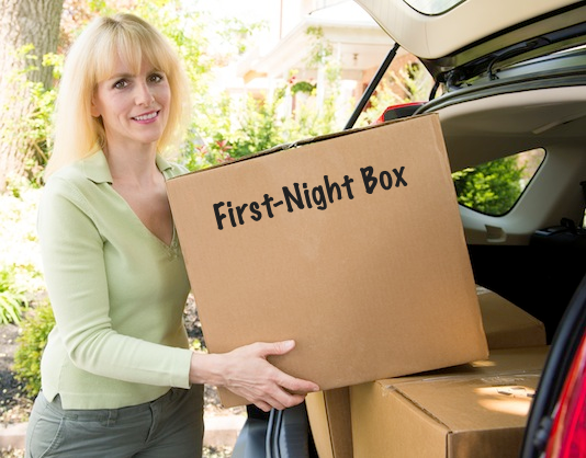 Pack a first-night box full of all of the essentials! Toilet paper, first-aid kit, etc.. - Lots of clever moving, packing and organizing tips for houses, apartments and out of state or long distance moves! Moving into a new house? Here you will find clever moving hacks everyone should know, including a moving checklist. Listotic.com