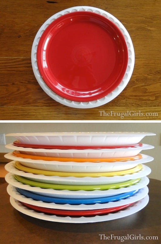 How to pack plates for moving.... Lots of clever moving, packing and organizing tips for houses, apartments and out of state or long distance moves! Moving into a new house? Here you will find clever moving hacks everyone should know, including a moving checklist. Listotic.com