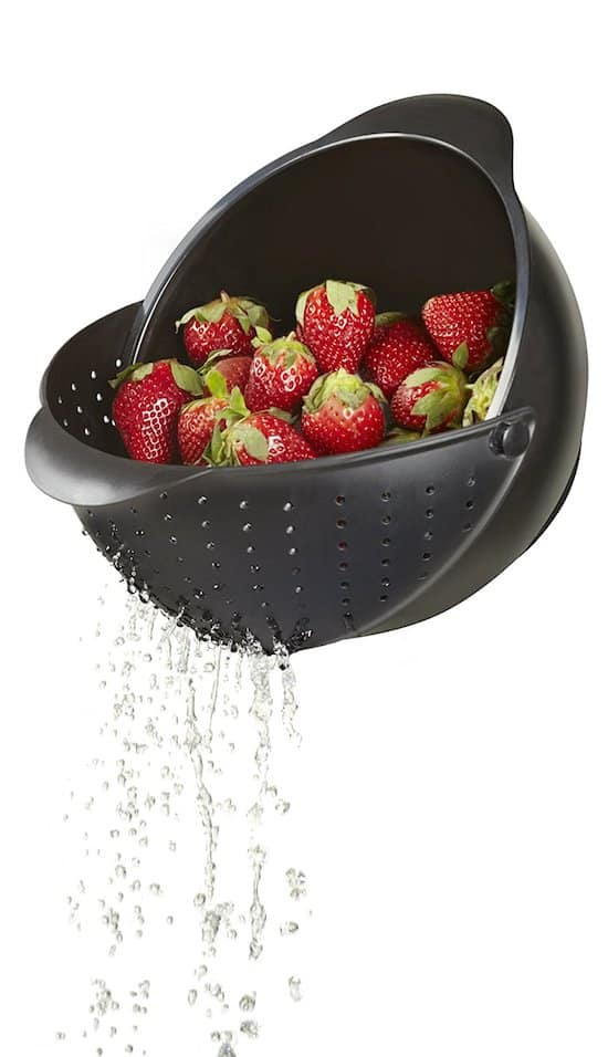Rinse bowl and strainer! How cool is this??