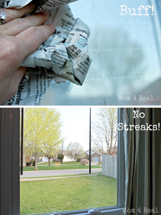 Window cleaning hack -- DIY household cleaning tips, tricks and hacks for your home bathrooms, kitchens, bedrooms, floors, furniture and more! Perfect for a lazy girl like me. Listotic.com