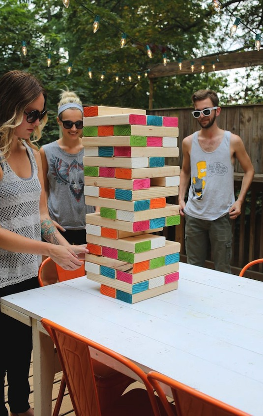 32 Of The Best DIY Backyard Games You Will Ever Play - Giant outdoor Jenga! Yes, please.