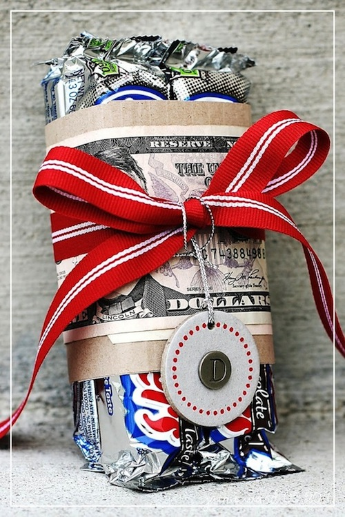 Great gift idea for the person who is hard to buy for! -- Easy DIY cheap gift ideas for Christmas, birthdays, boyfriends, girlfriends, family, friends and more! These simple, last minute crafts and projects make for special gifts anyone can do! Creative ideas to sell too! Listotic.com