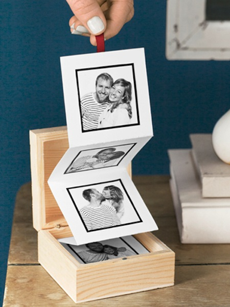 Easy DIY pull out photo both. Great mother's day gift! --photos in an accorrdion format, just pull on the top one to see all of the photos,