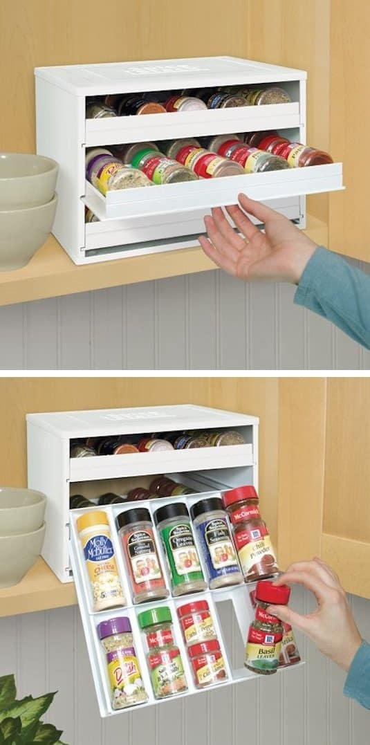 Spice Bottle Organization Idea -- A ton of easy and cheap organization and storage ideas for the home (car too!). A lot of these are really clever storage solutions for small spaces, bedrooms, bathrooms, closets, kitchens and apartments. | Listotic.com