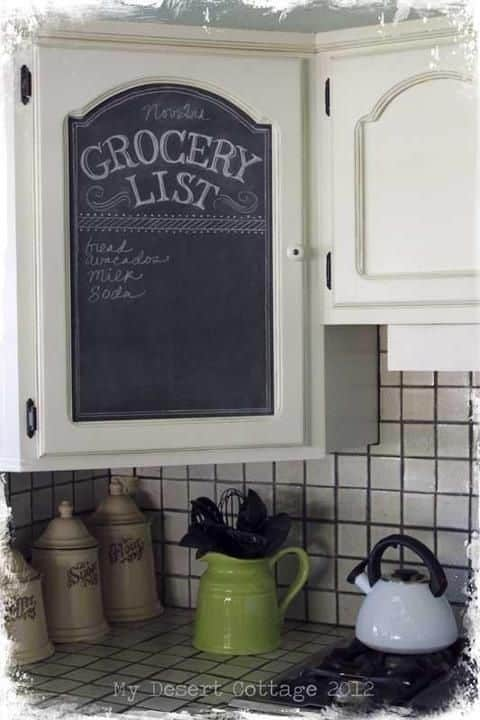 Chalkboard paint idea for your kitchen. -- A list of some of the best home remodeling ideas on a budget. Easy DIY, cheap and quick updates for your kitchen, living room, bedrooms and bathrooms to help sell your house! Lots of before and after photos to get you inspired! Fixer Upper, here we come. Listotic.com