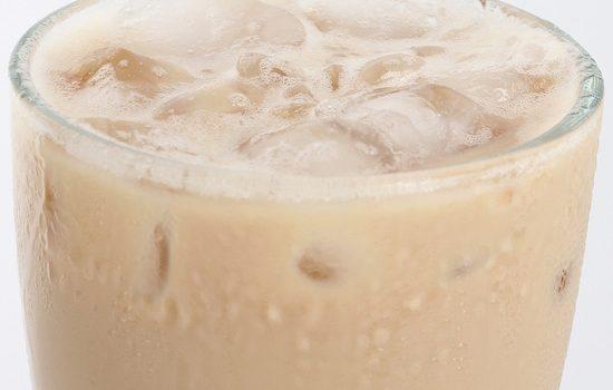 Low Carb Iced Vanilla Caramel Chai Tea Latte