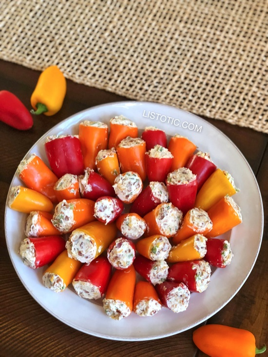 Party Poppers (stuffed mini peppers recipe) Easy appetizer idea!! Listotic.com