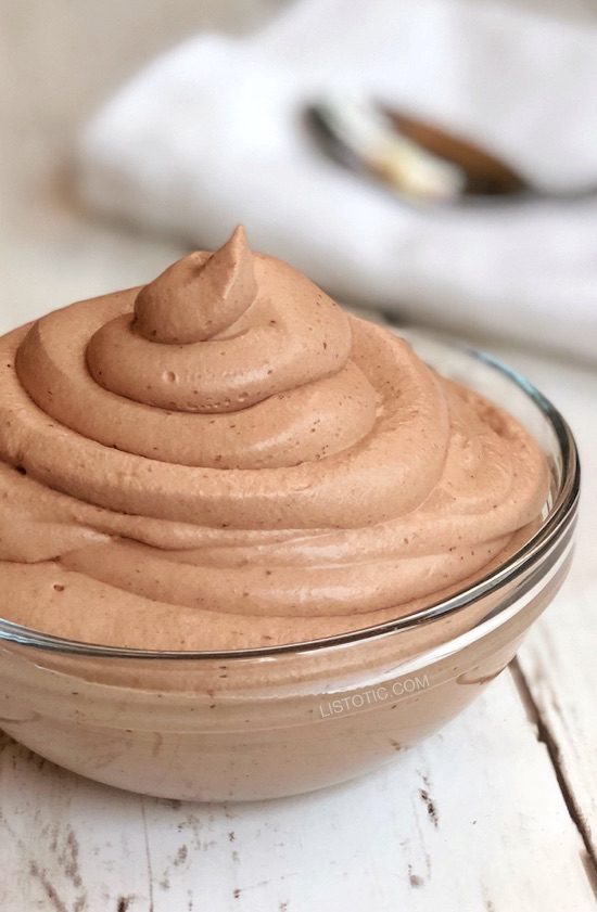 Easy Keto Chocolate Frosty (just like Wendy's) | This quick and easy low carb dessert recipe is my favorite keto treat so far! It's like a super thick shake, but better! Listotic.com