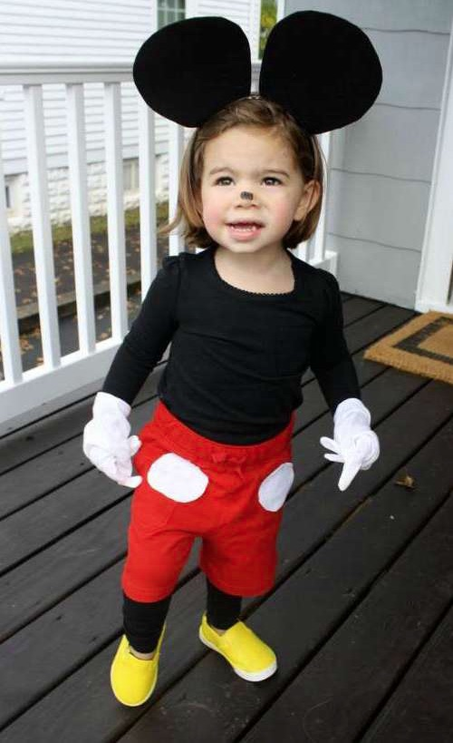 30 Easy DIY Halloween Costumes For Kids (Boys and Girls!) | Homemade Mickey or Minnie Mouse Costume-- super cute and comfortable for toddlers!