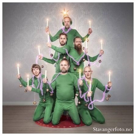 A funny Christmas card is always an option.