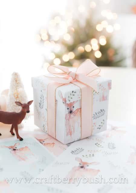 Printable deer gift wrap is very festive.