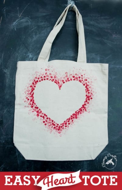 Beautiful DIY Valentines tote bag.  A great Valentines gift for her.