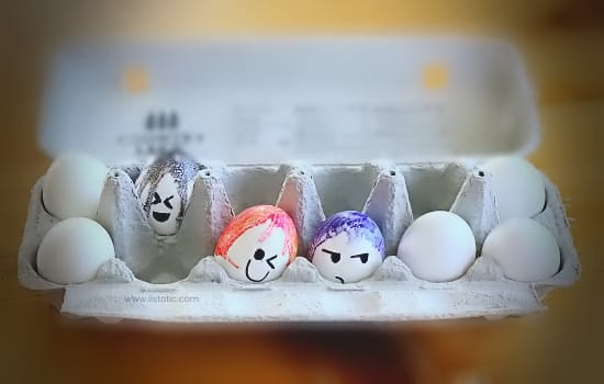 Easy and cheap way for adults to have a Easter egg decorating competition using melted crayon on hard boiled eggs.