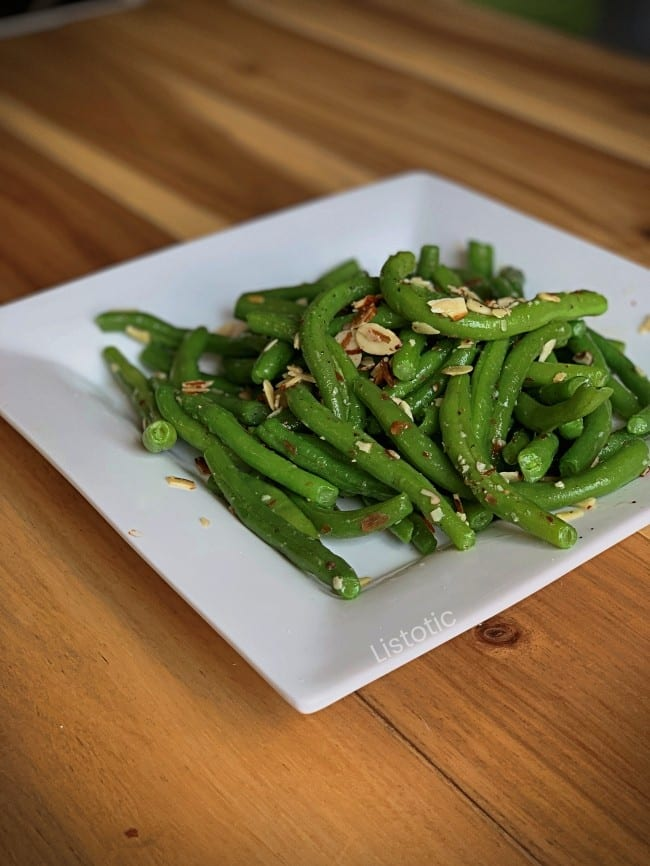 Plate of green beans.