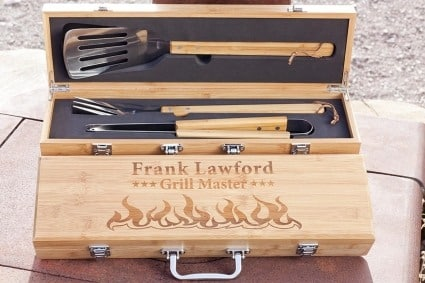 personalized bamboo bbq gift set with wood case Father's day gift ideas